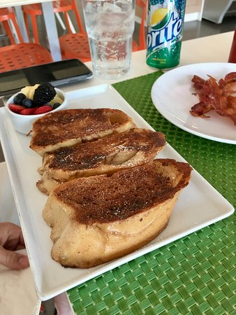 Palmer, Puerto Rico: french toast