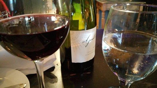 Joliette, Canadá: Du vin