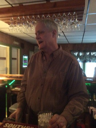 Rhinelander, WI: Ted, the best barman in Wisconsin
