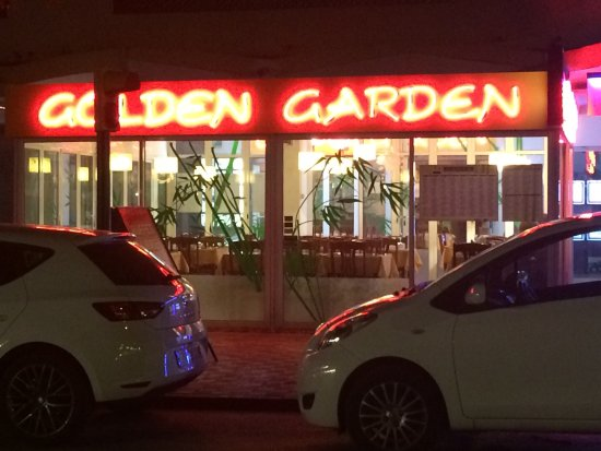 De la salle vers la terrasse ext rieure photo de for Restaurante chino jardin