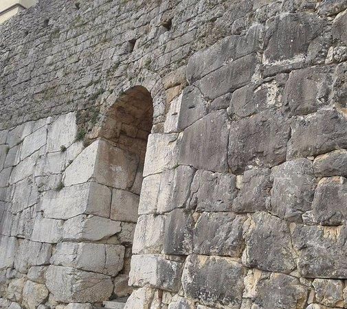 Ферентино, Италия: Porta Sanguinaria