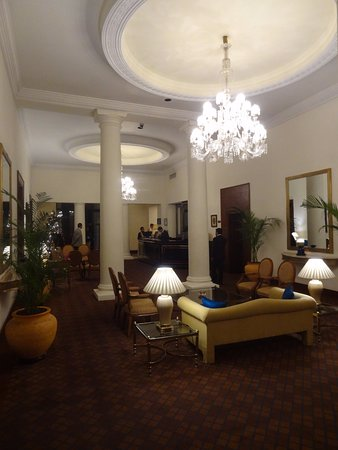 Maidens Hotel: A most welcoming hotel foyer