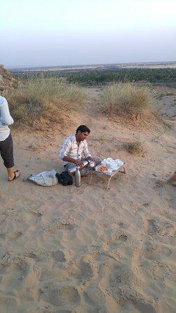 "Malpura, Ινδία: Chai Tea for ""Safari"" Adventurers"