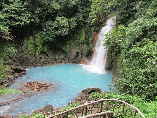 Tenorio Volcano National Park, Costa Rica: The waterfall