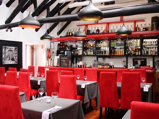 Marcelo Batata Restaurant: SALON 01