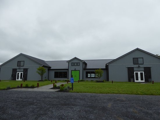 Tasting Building Picture Of James Charles Winery Vineyard Winchester Tripadvisor
