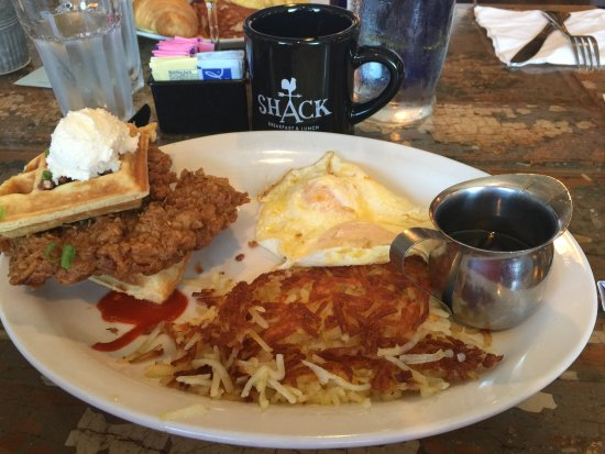 Frontenac, MO: Waffles and chicken