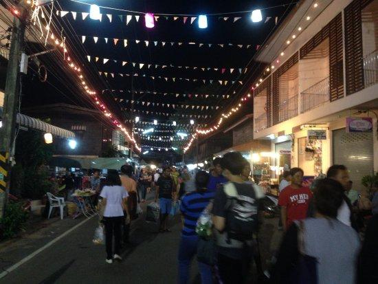 Khemarat, Thajsko: Walking Street At Khemmaraj