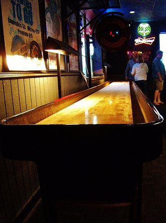 Troutdale, OR: Shuffle board along the south wall