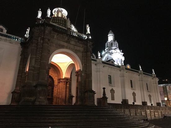 Plaza de la Independencia (Plaza Grande): photo0.jpg