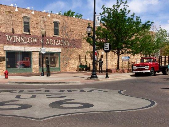 Winslow, Αριζόνα: Standi' On A Corner......