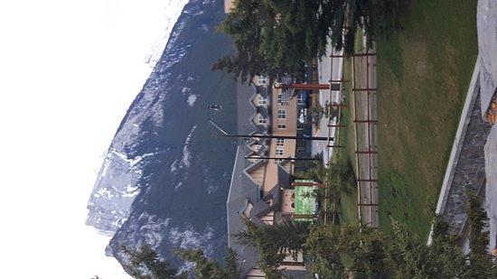 The YWCA Banff Hotel: 20170513_061948_large.jpg