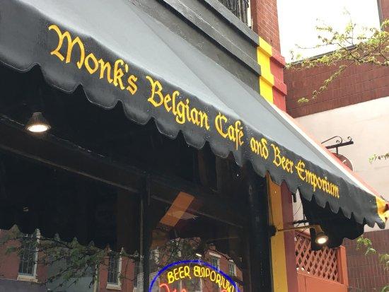 Monk's Cafe: photo0.jpg