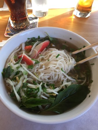 Arnolds Park, IA: The spring rolls were fresh and absolutely amazing! The pho soup was fresh and filling, use caut
