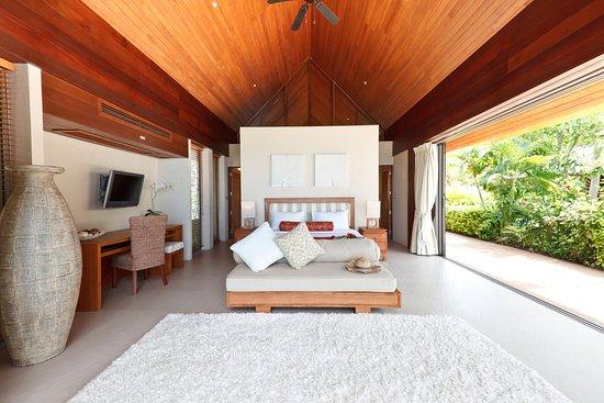 Lipa Noi, Thailandia: Beach and Poolside Suite