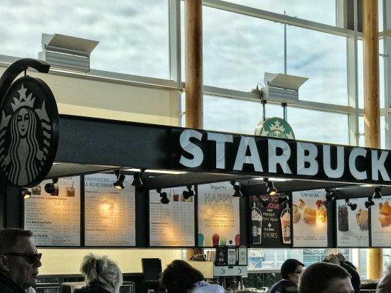 Tsawwassen, Canada: Waiting For Ferry Boarding