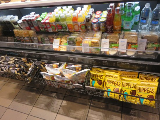 Saginaw, MI: Organic and non-GMO drinks and snacks