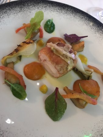 Restaurant L'Oggi - Hotel chez Charles: Amazing concoction for the three course discovery taster menu