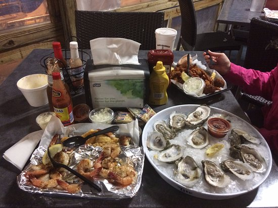 Atlantic Beach, FL: Full meal on the table. It was delicious