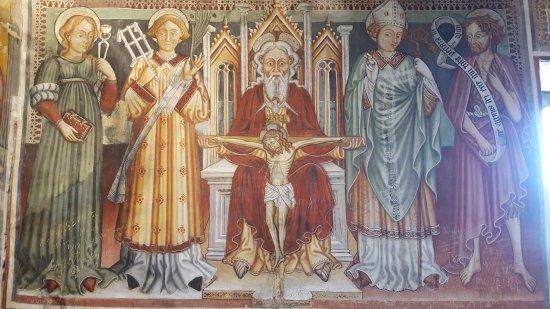 Curzutt : San Bernardo Kirche mit Renaissance-Fresken