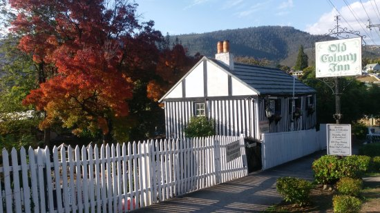 New Norfolk, Australia: Quaint Old Colony Inn