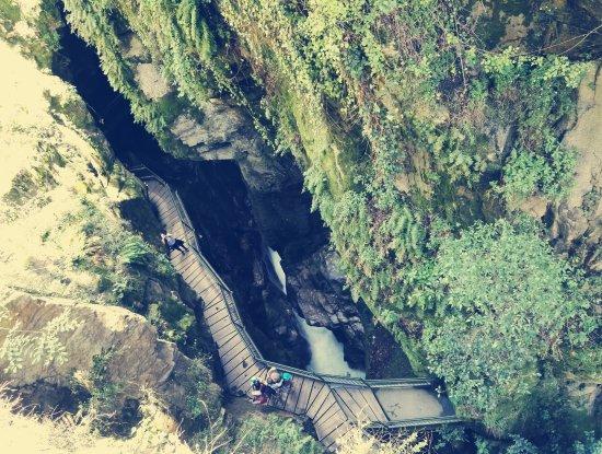 Orrido di Bellano : la passeggiata sospesa