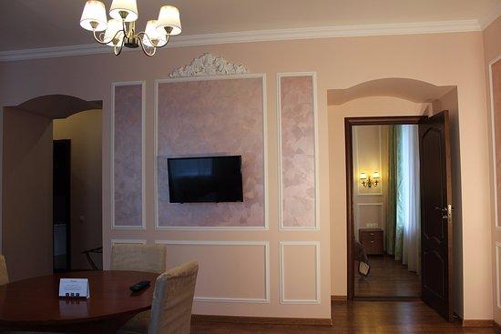 Palantin Hotel Photo