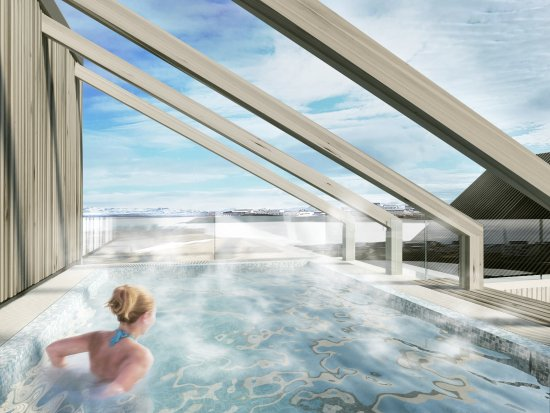 Hotel Berg: A sitting pool (opens sept.2017)