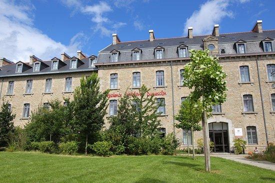 Hotel & Residence Hoteliere Duguesclin