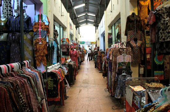 Pasar Batik Grosir Sentono - Picture of Pusat Grosir Batik Setono ... e53654ddb8