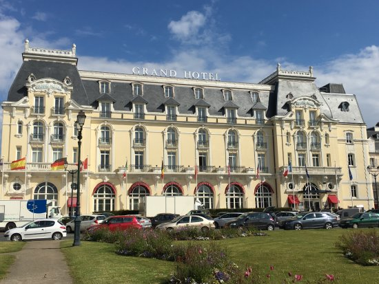 L 39 h tel picture of le grand hotel cabourg mgallery for Le grand hotel