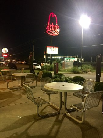 Pine Bluff, Арканзас: Good service