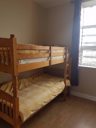 Miltown Malbay, Ireland: Family room for 5 with bunk bed