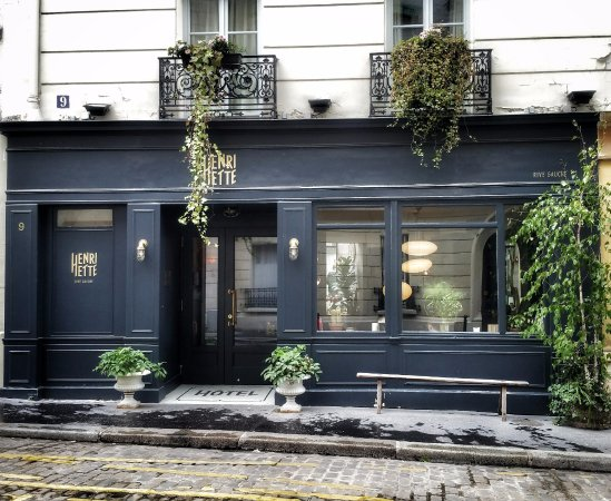 boho beautiful courtyard picture of hotel henriette paris tripadvisor. Black Bedroom Furniture Sets. Home Design Ideas