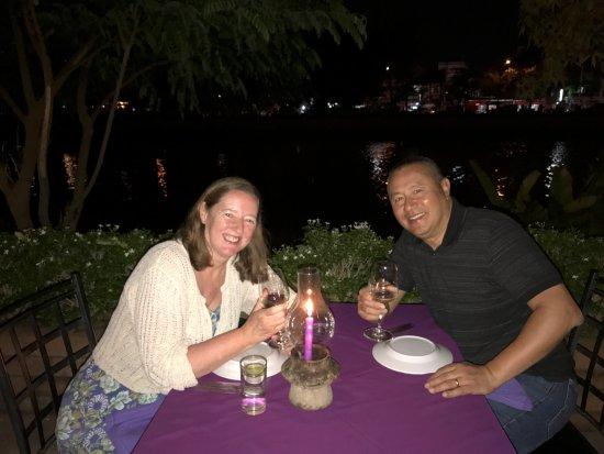 The Riverside : Dinner by the river at thr Riverside Restaurant