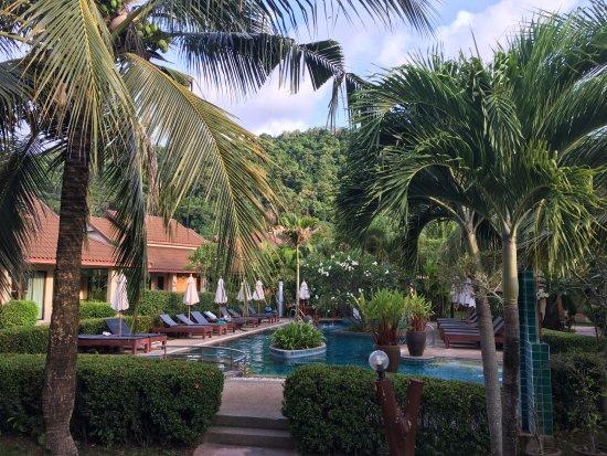 Kata Lucky Villa & Pool Access Photo