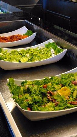 Primasol Ralitsa Superior Hotel: Salads