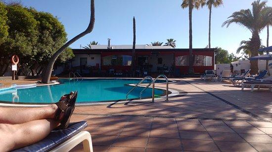 Apartamentos Fayna: Pool