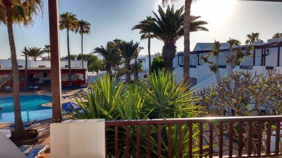 Apartamentos Fayna: View from Balcony room 133
