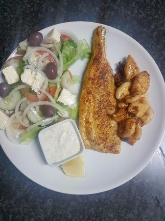Napier, South Africa: Grilled Hake and Patagonian Calamari Combo