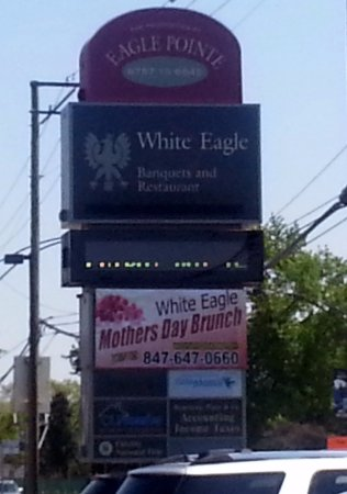 Niles, IL: sign along Milwaukee Ave. for White Eagle