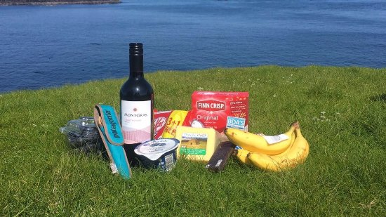 Ventry, Irlanda: Enjoyed a picnic lunch on the island.