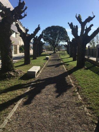 Jardines del balneario de gr valos en la rioja baja relais termal picture of balneario de - Jardines de azahar rioja ...