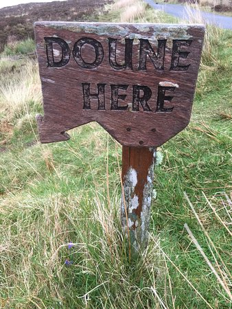 Knoydart, UK: Sign by the sice of the road