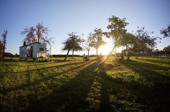 The Glamping Orchard