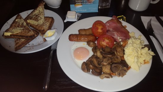 Village Hotel Coventry: My breakfast platter