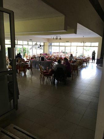 Golf Hotel Kakamega: Dining here is not the greatest experience but it's clean at least.
