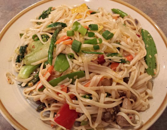 eC's Asian Station: Garlic Noodles