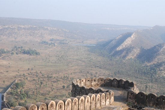 Kankwari Fort: view of jungle from fort