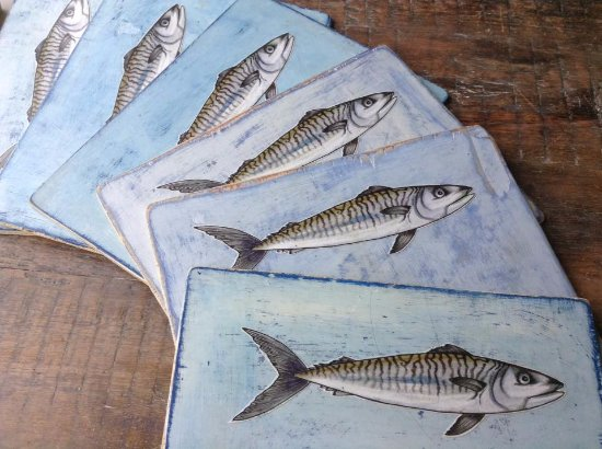 St Agnes, UK: recycled menu boards hand made and painted by Emma Eberlein